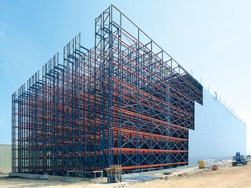 Önhordó raktár építése